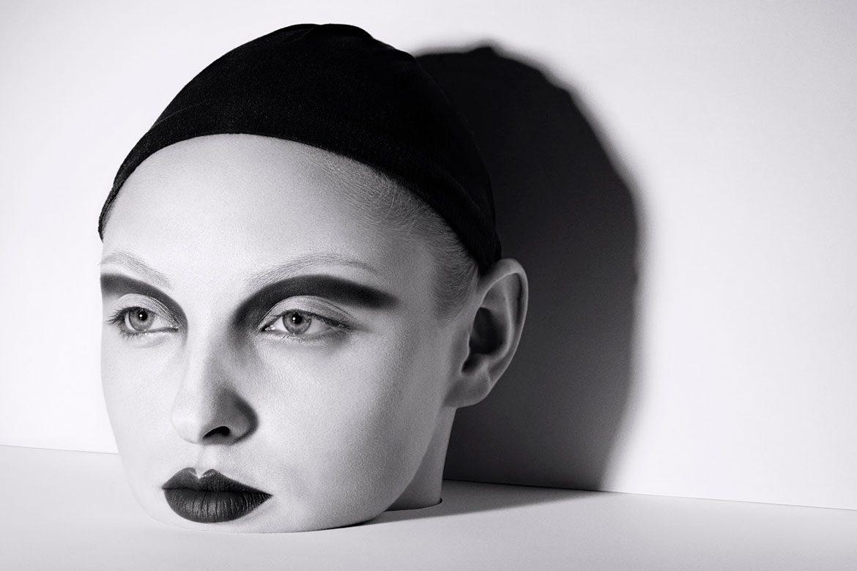 Les photos conceptuelles de Bela Borsodi