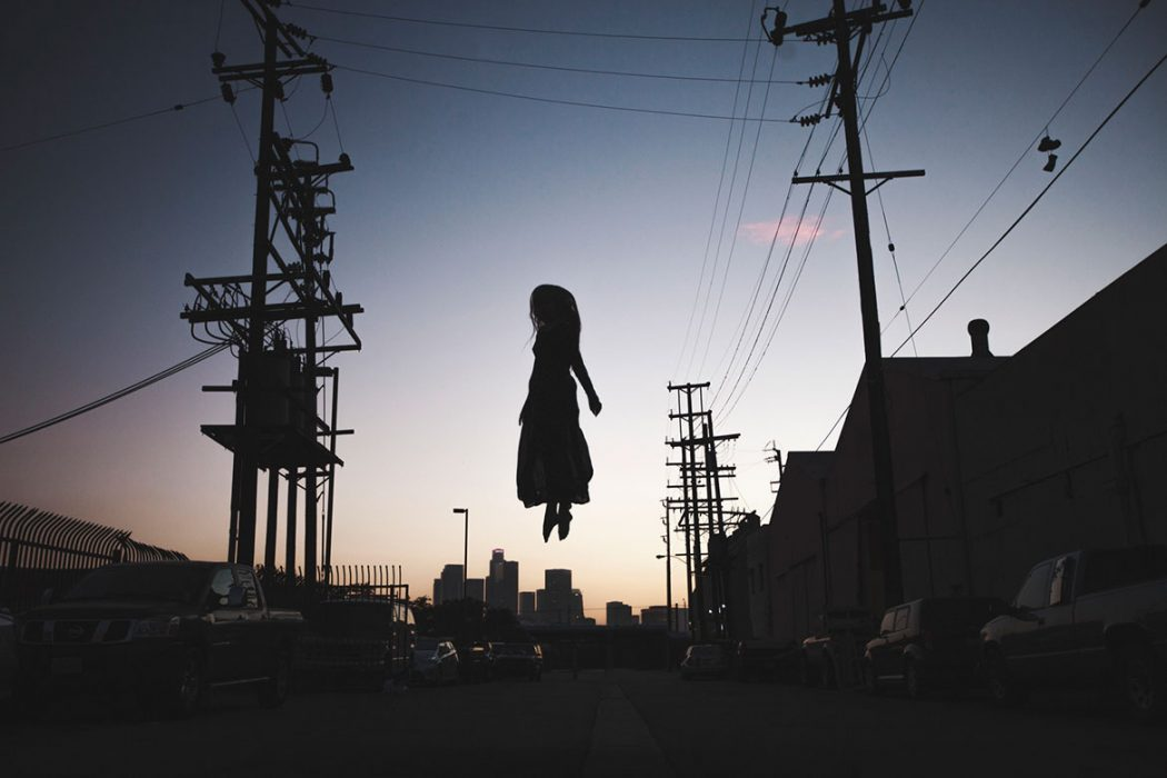Gravity, une série photographique de Mike Dempsey