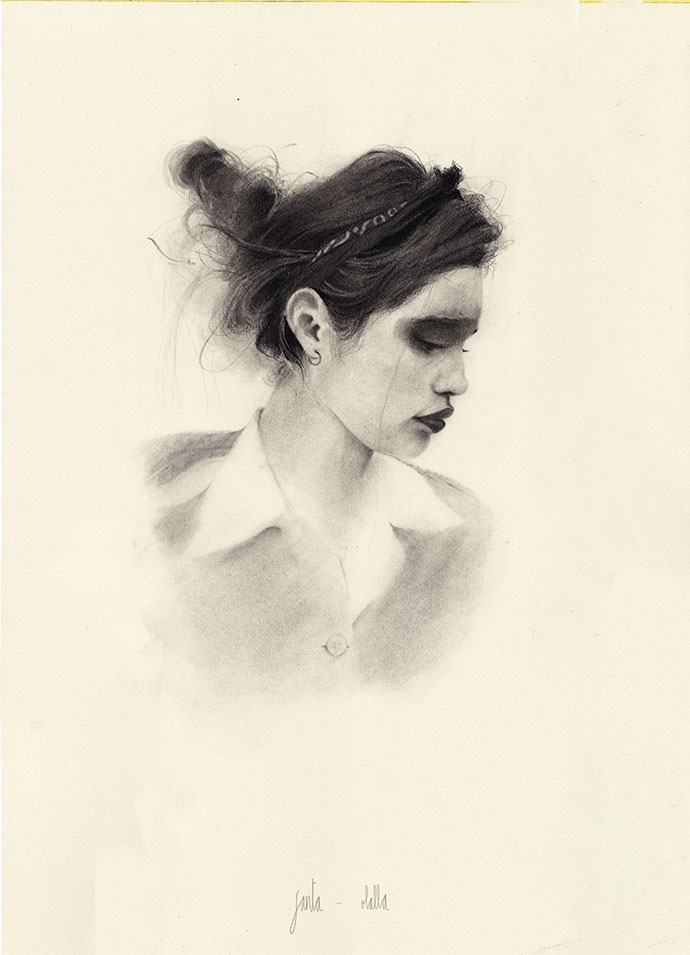 Oil, graphite, charcoal… the art of Julia Santa Olalla