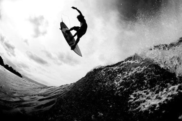 Surf photos and videos by Morgan Maassen